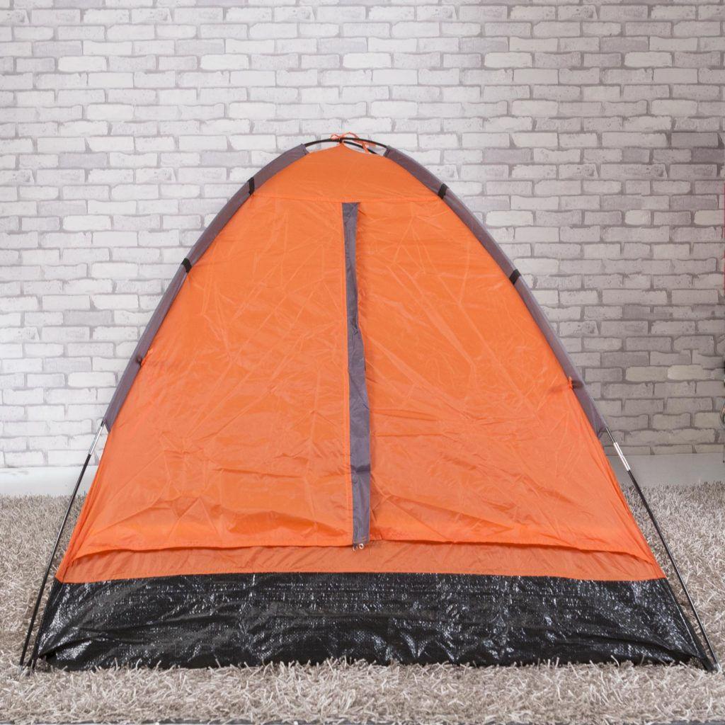 Camping Tips: Important Camping Gears To Bring As A Beginner Camper